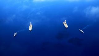 Φρεγάτες, υποβρύχια και drone συνοδεύουν τα πλωτά γεωτρύπανα Φατίχ και Γιαβούζ