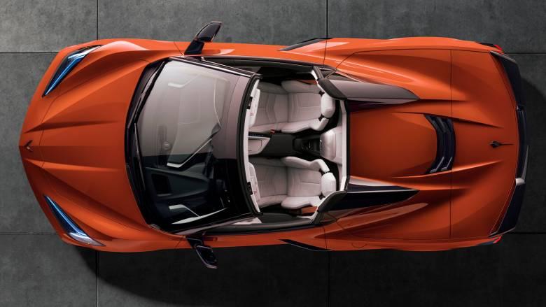 Η εντυπωσιακή Corvette Stingray με τον κινητήρα στο κέντρο έχασε την οροφή της
