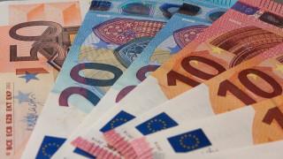 Αναδρομικά: Αυτοί μπορούν να διεκδικήσουν έως και 7.340 ευρώ