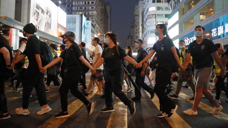 Χονγκ Κονγκ: Ανεξάρτητη έρευνα για τη βία κατά διαδηλωτών ζητά ο ΟΗΕ