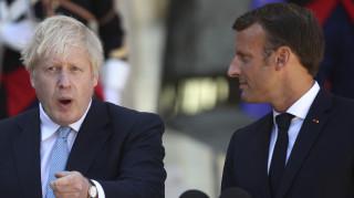 Μακρόν σε Τζόνσον: Ξεκινήστε τάχιστα τις συνομιλίες για το Brexit με την ΕΕ