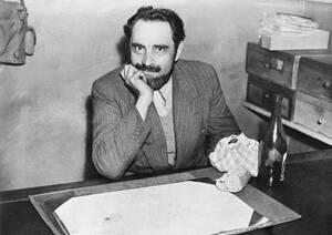 Ο Γάλλος Marcel Petiot ηχομόνωσε το σπίτι του και το χρησιμοποίησε για να δολοφονήσει τουλάχιστον 63 ανθρώπους κατά τη διάρκεια του Β' Παγκοσμίου Πολέμου. Ο γιατρός σκότωνε τα θύματά του, κυρίως Εβραίους που προσπαθούσαν να ξεφύγουν από τους Ναζί, με θανα