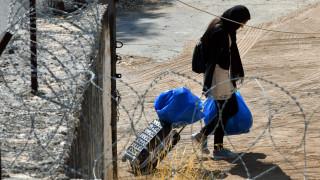 Ελληνικό Συμβούλιο για τους Πρόσφυγες: Θεμελιώδες δικαίωμα η έκδοση ΑΜΚΑ και η πρόσβαση στην υγεία