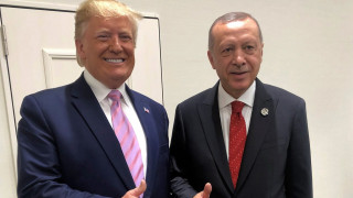Σέρμπος στο CNN Greece για Συρία: Ο Τραμπ εργαλειοποιεί τα θέματα της εξωτερικής πολιτικής