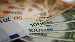 Καταβάλλονται σήμερα 100.695.867 ευρώ σε ελεύθερους επαγγελματίες και αυτοαπασχολούμενους