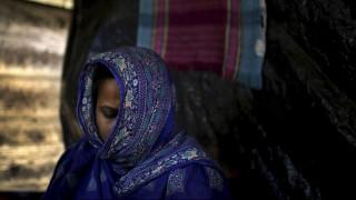 Μπαγκλαντές: Ξύρισε το κεφάλι της γυναίκας του επειδή βρήκε… τρίχα στο πρωινό του