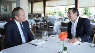 Γεύμα Τσίπρα - Τουσκ με «μενού» Brexit, προσφυγική κρίση και Τουρκία