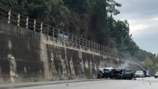 Πάτρα: Σοκαριστικό τροχαίο με δύο νεκρούς και τρεις τραυματίες