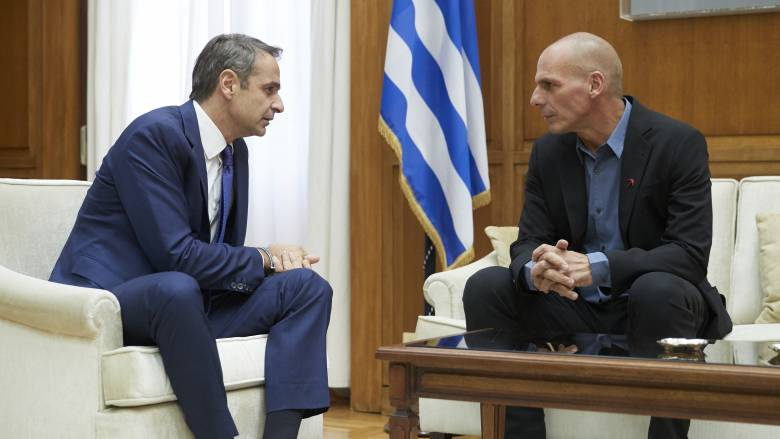 Βαρουφάκης: Εκλογικές περιφέρειες απόδημων Ελλήνων πρότεινε στον Μητσοτάκη