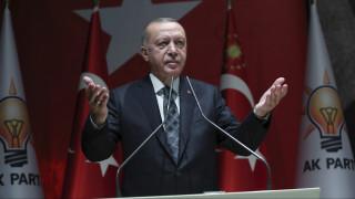 Εισβολή στη Συρία: Ανυποχώρητος ο Ερντογάν - Έτοιμες για κυρώσεις οι ΗΠΑ