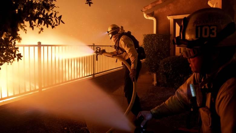 Φονική πυρκαγιά στην Καλιφόρνια: Δύο νεκροί από την πύρινη λαίλαπα