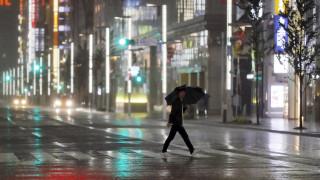 Ο τυφώνας Χαγκίμπις σφυροκοπά την Ιαπωνία – Δύο νεκροί