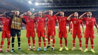 Η UEFA θα εξετάσει το περιστατικό με τον στρατιωτικό πανηγυρισμό των Τούρκων διεθνών
