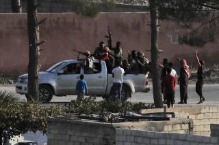 Εικόνες φρίκης στη Συρία: 26 άμαχοι νεκροί σε μια ημέρα – Βομβάρδισαν κομβόι δημοσιογράφων