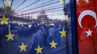 Κυρώσεις & εμπάργκο όπλων: Έρχεται ευρωπαϊκή «απάντηση» στην τουρκική εισβολή στη Συρία