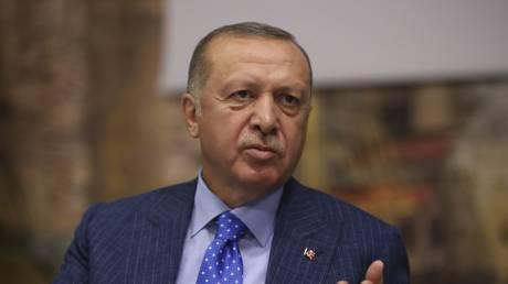 Ερντογάν: Θα μπούμε στο Κομπάνι και τη Μανμπίτζ