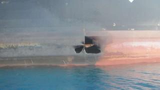 Στη δημοσιότητα φωτογραφίες από το ιρανικό τάνκερ που δέχθηκε επίθεση στην Ερυθρά Θάλασσα