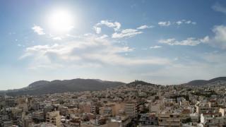 Καιρός: Σε ποιες περιοχές θα ξεπεράσει τους 30 βαθμούς η θεμοκρασία την Τρίτη
