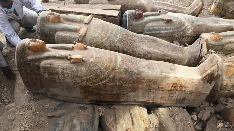Σημαντική ανακάλυψη στο Λούξορ: Εντοπίστηκαν 20 άριστα διατηρημένες σαρκοφάγοι