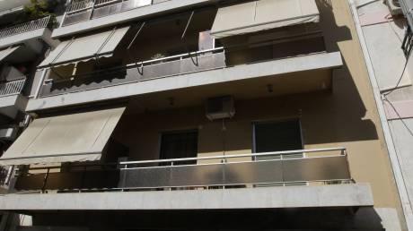 Έκρηξη σε πολυκατοικία στο Παλαιό Φάληρο