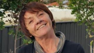 Αγνοείτο για μέρες: Τη βρήκαν χάρη στο «SOS» που έγραψε σε αγρόκτημα