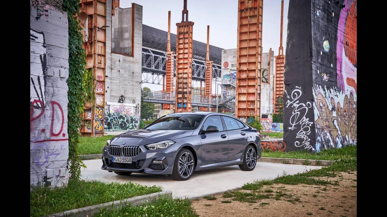 https://cdn.cnngreece.gr/media/news/2019/10/16/194093/photos/snapshot/BMW-2-GRAN-COUPE-36.jpg