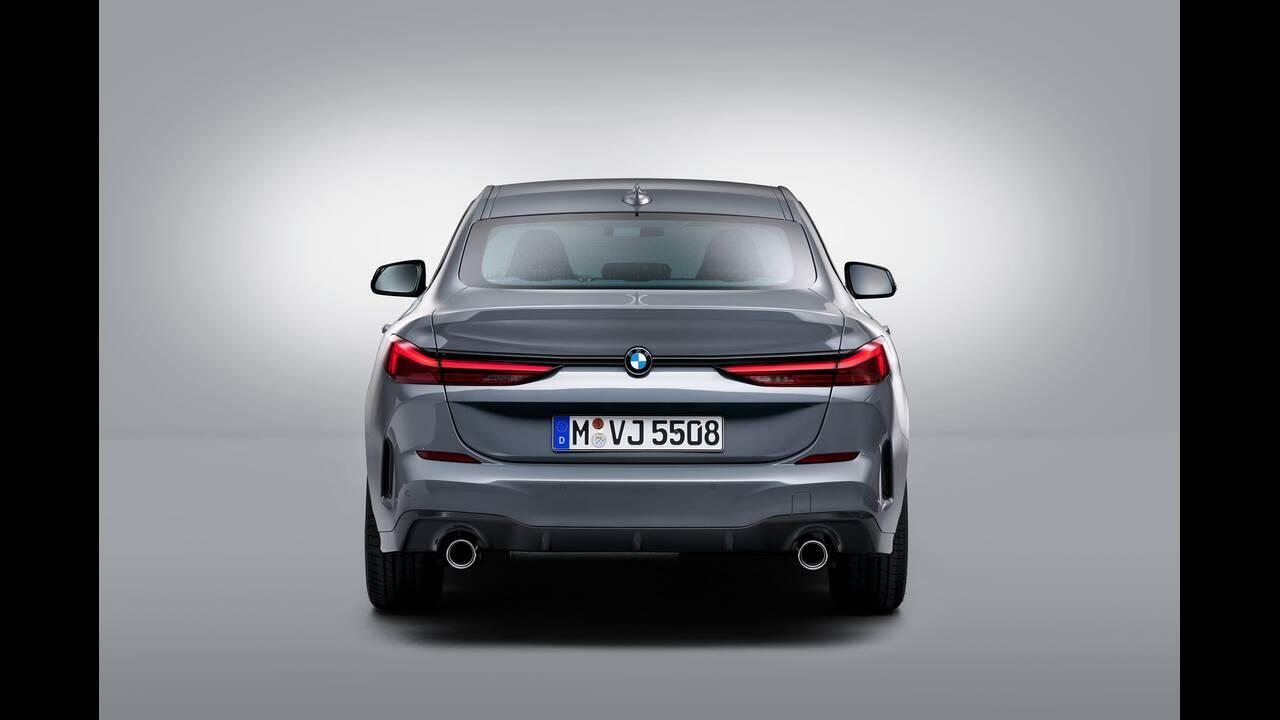 https://cdn.cnngreece.gr/media/news/2019/10/16/194093/photos/snapshot/BMW-2-GRAN-COUPE-49.jpg