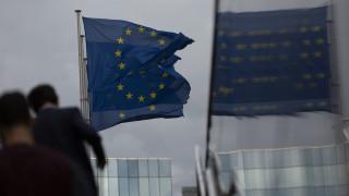 Σενάρια «σκληρού» Brexit: Ανησυχία σε Βρυξέλλες και Λονδίνο