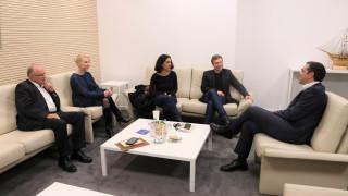 Συνάντηση Τσίπρα με τους ευρωβουλευτές του ΣΥΡΙΖΑ – Στο επίκεντρο το «isyriza.gr»