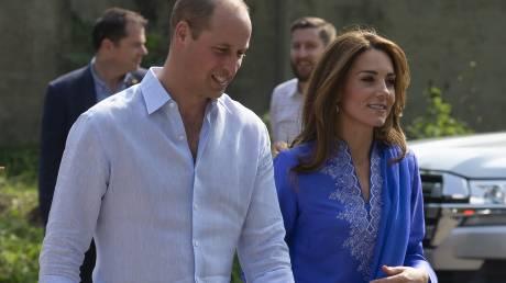 Περιπέτεια στον αέρα για πρίγκιπα Ουίλιαμ και Κέιτ λόγω ισχυρής καταιγίδας
