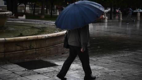 Καιρός: Πού αναμένονται σήμερα βροχές