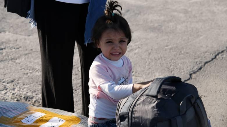 Προσφυγικό: Μετακινούνται από τα νησιά στην ενδοχώρα 1.000 αιτούντες άσυλο