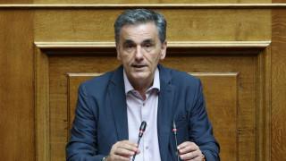 Τσακαλώτος: Στο προσχέδιο του προϋπολογισμού αποτυπώνεται μεροληψία