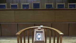 Κως: Στο εδώλιο 67χρονος κομμωτής που κατηγορείται για αποπλάνηση ανηλίκων