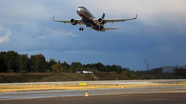 Πώς μία αλεπού διέκοψε την… απογείωση γιγαντιαίου αεροσκάφους