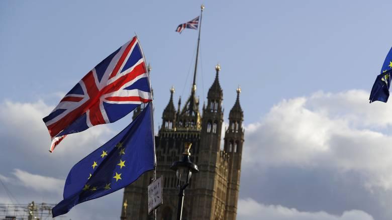 Brexit: Ο ανυποχώρητος Τζόνσον, η νέα παράταση και οι μαζικές διαδηλώσεις