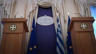 Διπλωματικές πηγές: Πάγια θέση της Ελλάδας η μη ανάμειξη σε εσωτερικές υποθέσεις τρίτων χωρών
