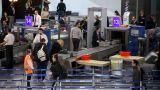 Υπέρβαρη βαλίτσα λίγο πριν την πτήση; Αυτή η ανέξοδη λύση έχει γίνει viral