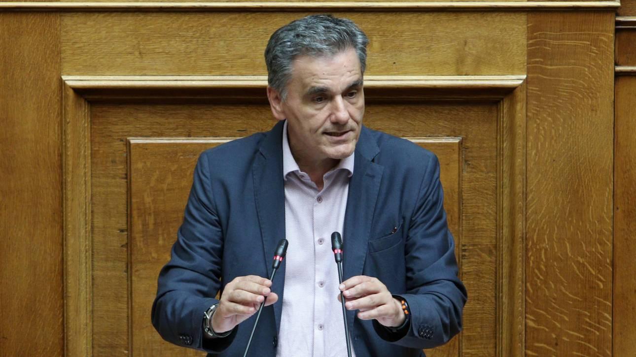 Τσακαλώτος: Ο προϋπολογισμός έχει τρωτά σημεία - Αν δεν βγουν τα νούμερα θα έρθουν περικοπές