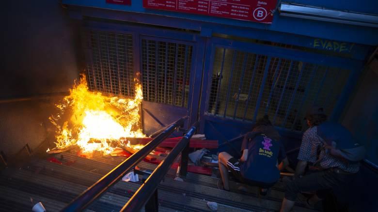 Χάος στη Χιλή: Αναθεωρήθηκε ο αριθμός των νεκρών