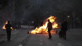 Χάος στη Χιλή: Στους 11 οι νεκροί από τα βίαια επεισόδια