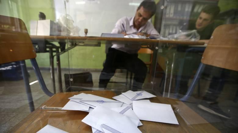Ψήφος ομογενών: Σκοντάφτει στην τριακονταετία η συναίνεση