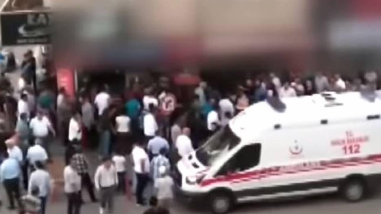 Τουρκία: Ισόβια στον άνδρα που σκότωσε την σύζυγό του μπροστά στην κόρη τους