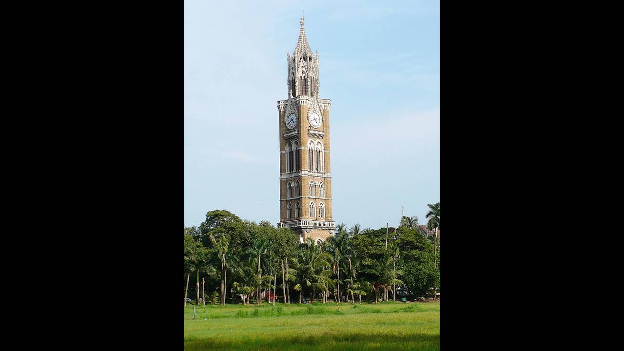https://cdn.cnngreece.gr/media/news/2019/10/22/194760/photos/snapshot/Rajabai_Clock_Tower_Mumbai_31_August_2008.jpg