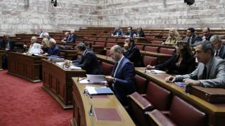 Προανακριτική Παπαγγελόπουλου: Ένταση και... γαλλικά στη Βουλή