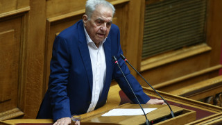 Φλαμπουράρης: Η κυβέρνηση ακυρώνει τα μέτρα ελάφρυνσης για τα χαμηλά και μεσαία εισοδήματα