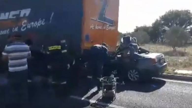 Σοκαριστικό τροχαίο στις Σέρρες: Σύγκρουση αυτοκινήτου με φορτηγό - Ένας νεκρός