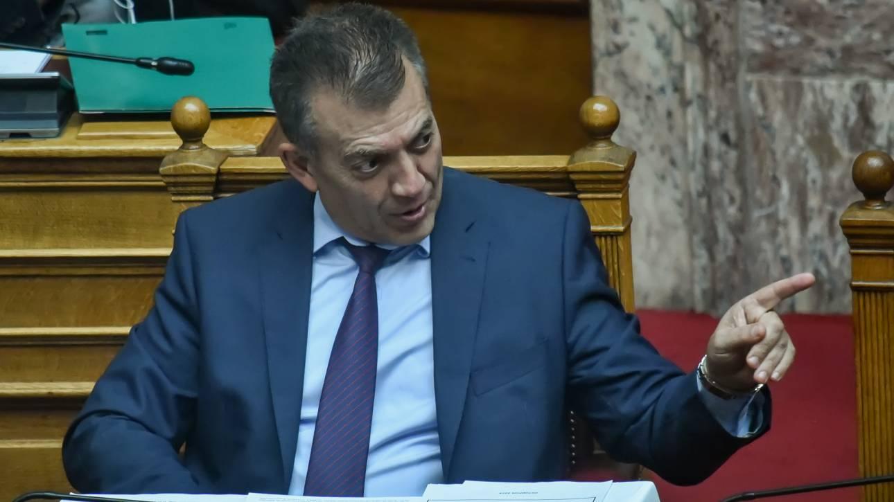 Άγριος καυγάς Βρούτση - Τζανακόπουλου στη Βουλή