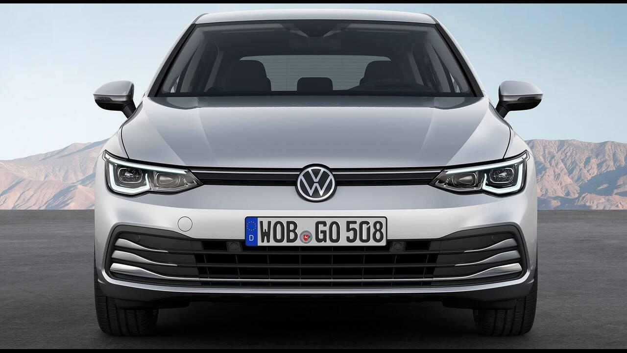 https://cdn.cnngreece.gr/media/news/2019/10/25/195108/photos/snapshot/VW-GOLF-2020-19.jpg