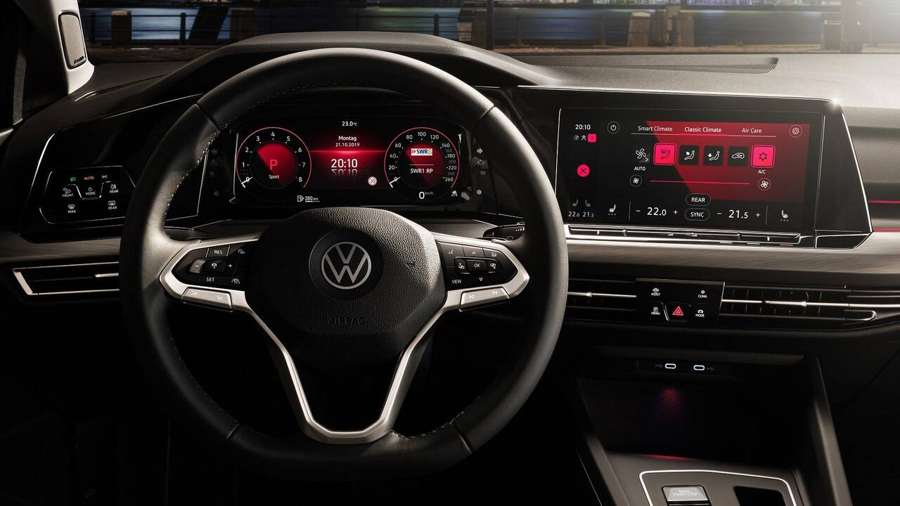 https://cdn.cnngreece.gr/media/news/2019/10/25/195108/photos/snapshot/VW-GOLF-2020-28.jpg